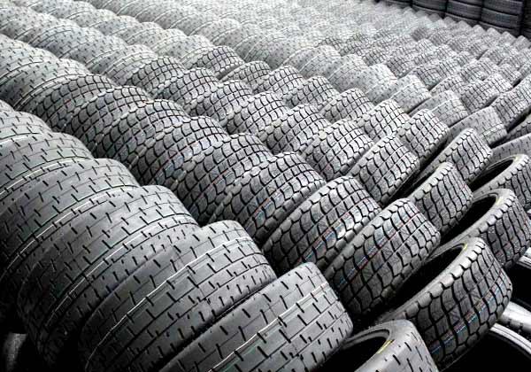храните автомобильные шины
