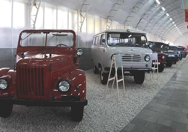 Музей завода УАЗ фото